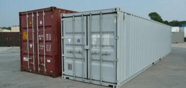 Standardní čtyřicetistopý kontejner (vpravo) ačtyřicetistopý high cube kontejner