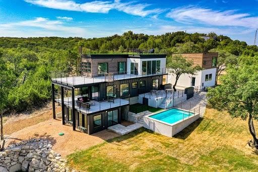 eine Villa mit Blick auf den Lake Travis im US-amerikanischen Bundesstaat Texas
